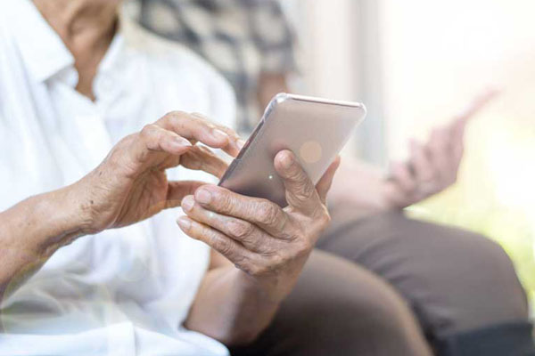 How Technology Can Transform Your Assisted Living Community